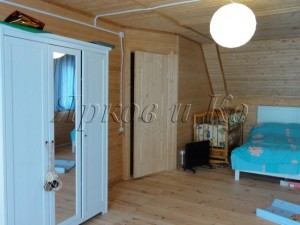 Продается уютный дом со всеми коммуникациями и мебелью